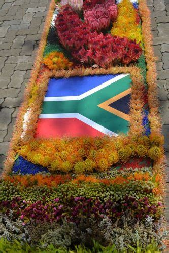 Pictures: Spectacular Flower Festival in Parys now an