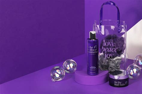 This The Shower Set – MONAT GLOBAL